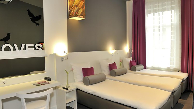 Hotel Ibis Styles Amsterdam hotelkamer 6