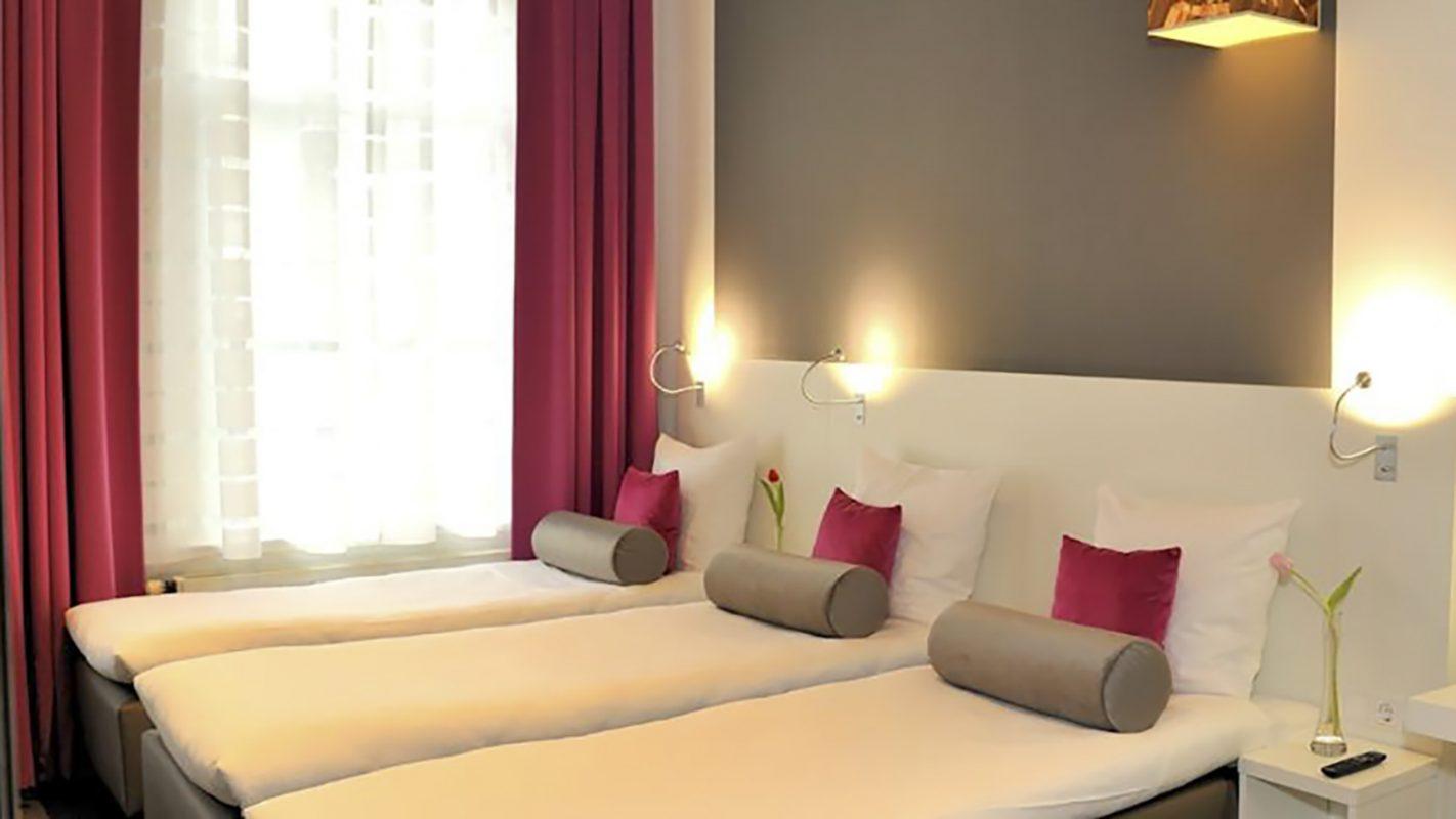 Hotel Ibis Styles Amsterdam hotelkamer 4