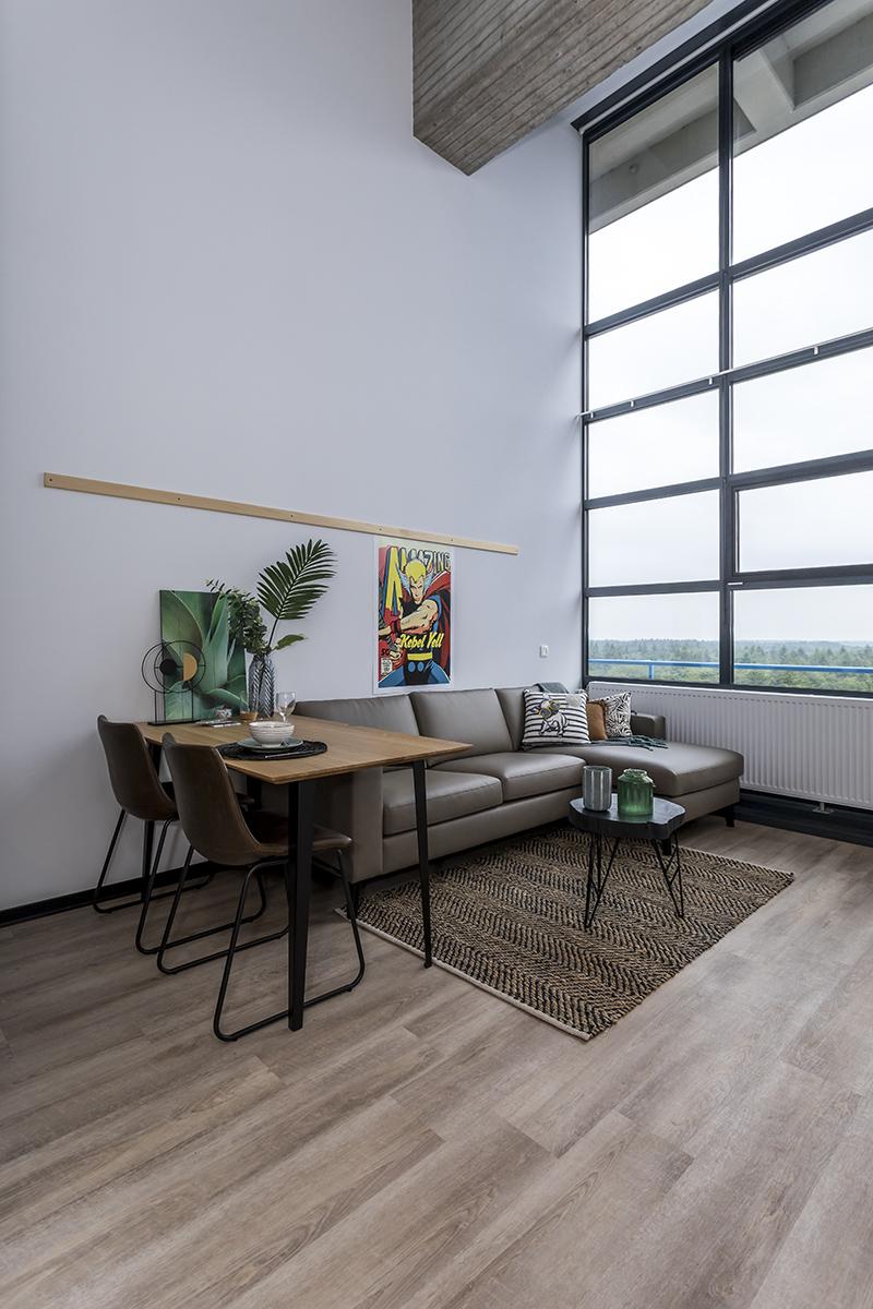 20190612-enschede-universiteit-twente-de-toren-woonkamer-1