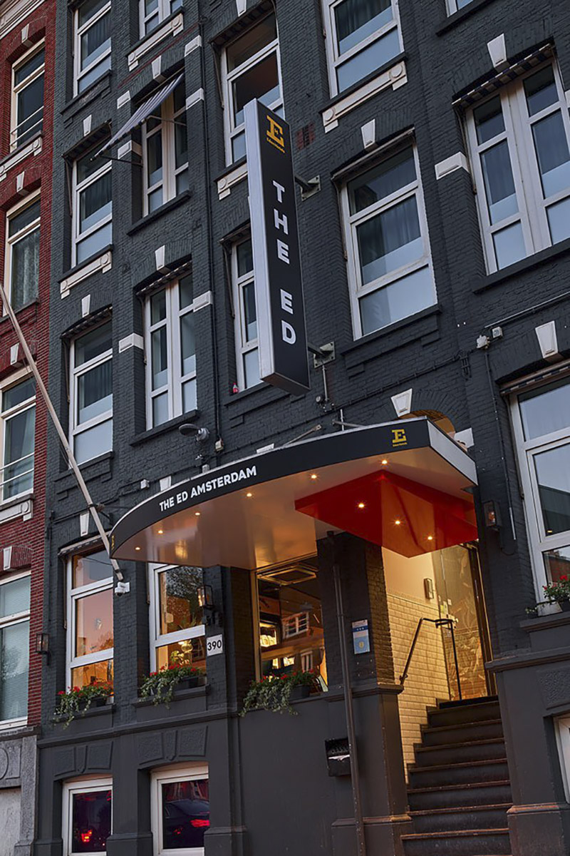 the-ed-hotel-amsterdam-pand_staand